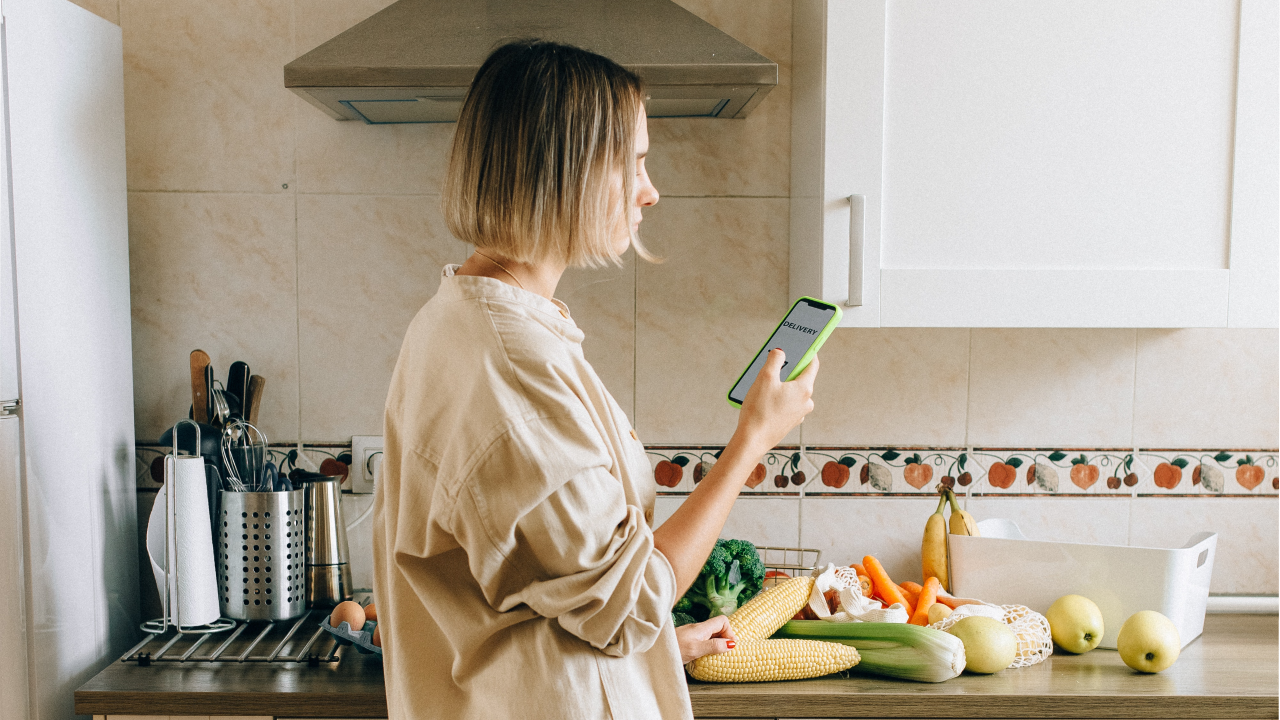 How Consumers Have Shifted to Buying Food Online