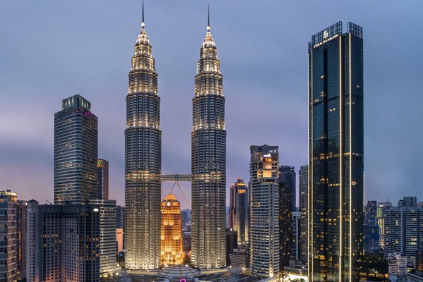 The Malaysian Experience: A Look Inside the Melting Pot